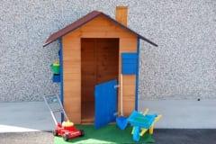Casetta per bambini accessoriata
