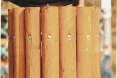 Cestini in legno completi di coperchio e palo di sostegno, diametro cm 43