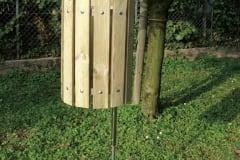 Cestino in legno portarifiuti, altezza totale cm 120, diametro cm 33
