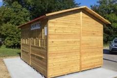 Chiosco in legno rettangolare