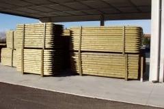 Pali di legno torniti