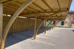Archi lamellari in legno per carport