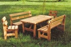 Set LUCA: tavolo panche e sedie, spessore tavola mm.35