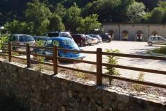 Parcheggio ristorante: recinzione in legno mod. Isonzo