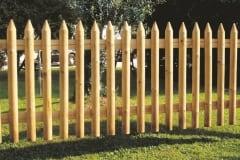 Steccato in legno mezzo palo a punta