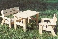 Tavolo picnic in legno con sedie per bambini modello Pinocchio