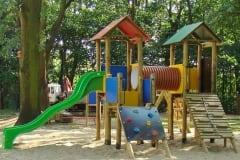 Torrette in legno modello villaggio scooby tunnel