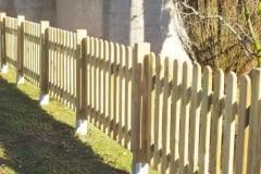 Steccato con montanti in legno massello